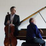 Gryphon Trio with David Harding, violist